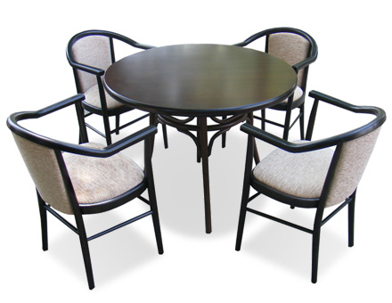 Round Table Thonet table and 4 upholstered carver chairs