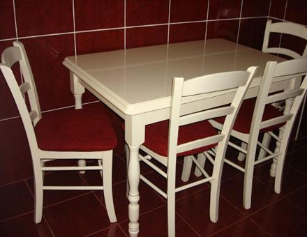 Set masa Country 3 cu scaune din lemn MD 106