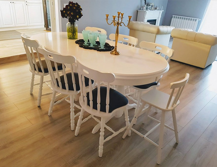 Europa table with GL1 chairs