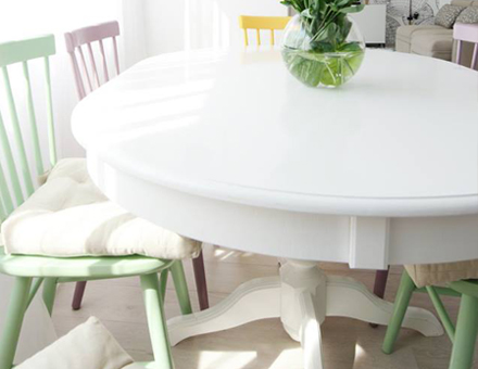 Ghera table with Windsor chairs