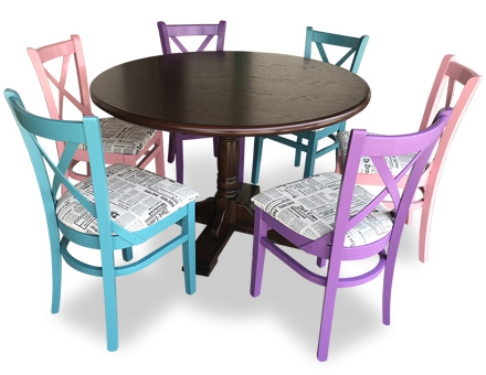 Pedestal round table with MD470 chairs
