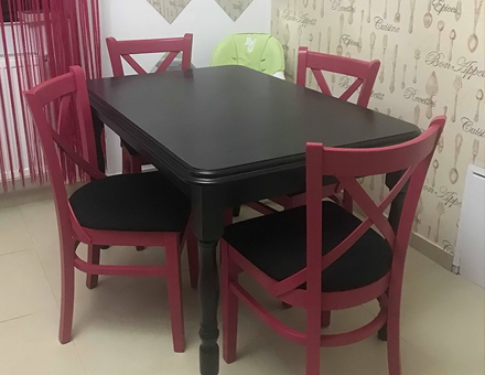 M470 chairs with Country 3 table