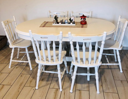 Europa table with MD43 chairs