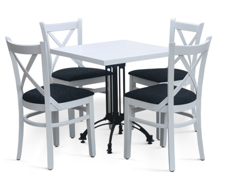 Diana table with MD470 chairs