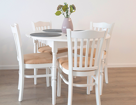 Boston chairs with Bonanza table