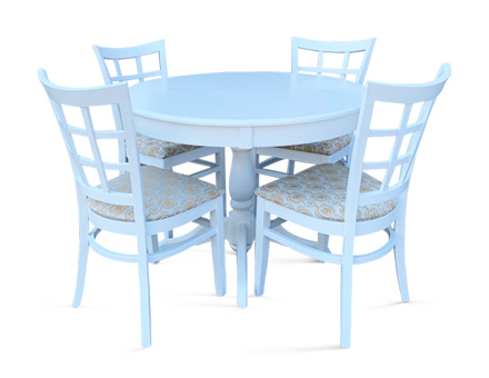 Ghera table with MD170 chairs